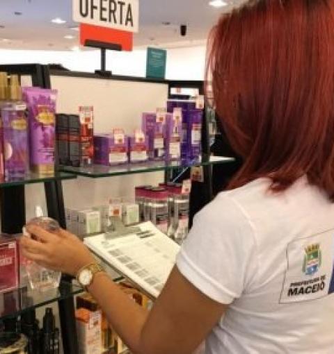 Procon Maceió orienta consumidores para a compra de presentes no Dia das Mães