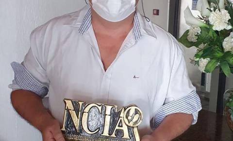 Com homenagem a Raudrin de Lima, NCIA concede Comenda de Honra ao Mérito
