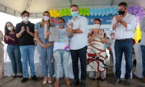 Governo de Alagoas entrega unidades habitacionais em Senador Rui Palmeira