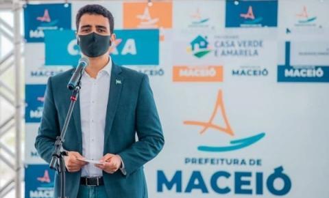 JHC diz que Maceió não aplicou vacina vencida e que caso divulgado por jornal é 'erro' que já está sendo corrigido no MS