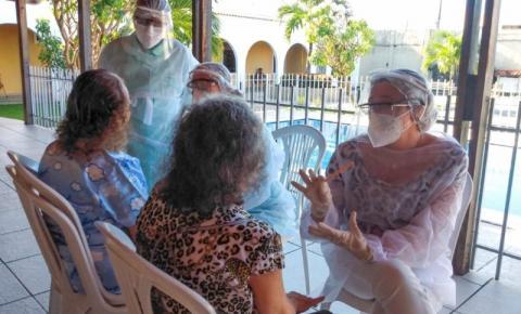 Saúde Bucal leva prevenção ao câncer de boca aos usuários da Casa do Pobre