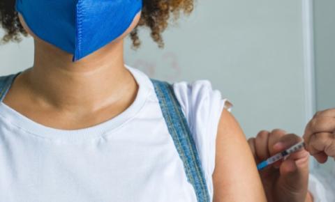 Maceió retoma vacinação de adolescentes sem comorbidades nesta sexta (17)