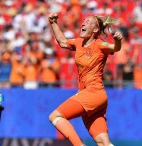 Holanda bate Itália e é semifinalista da Copa do Mundo Feminina